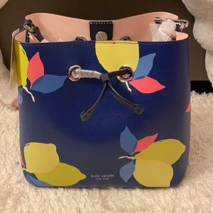 💯% Authentic KATE SPADE ♠️a BUCKET LARGE SIZE